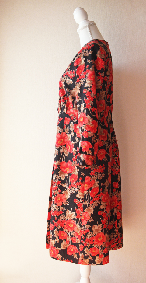 Red and black floral wool dress 7