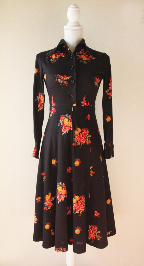 Ah Tricot black and red fitted floral dress 1