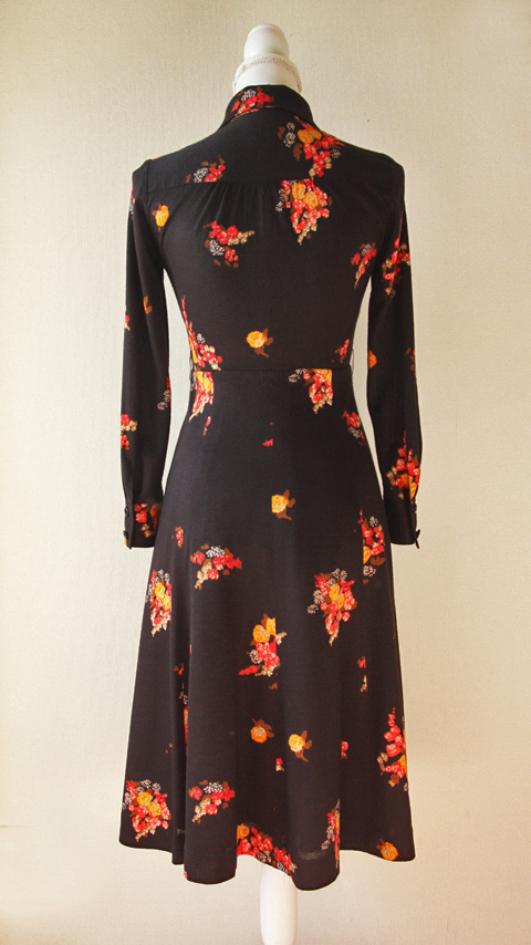 Ah Tricot black and red fitted floral dress 2