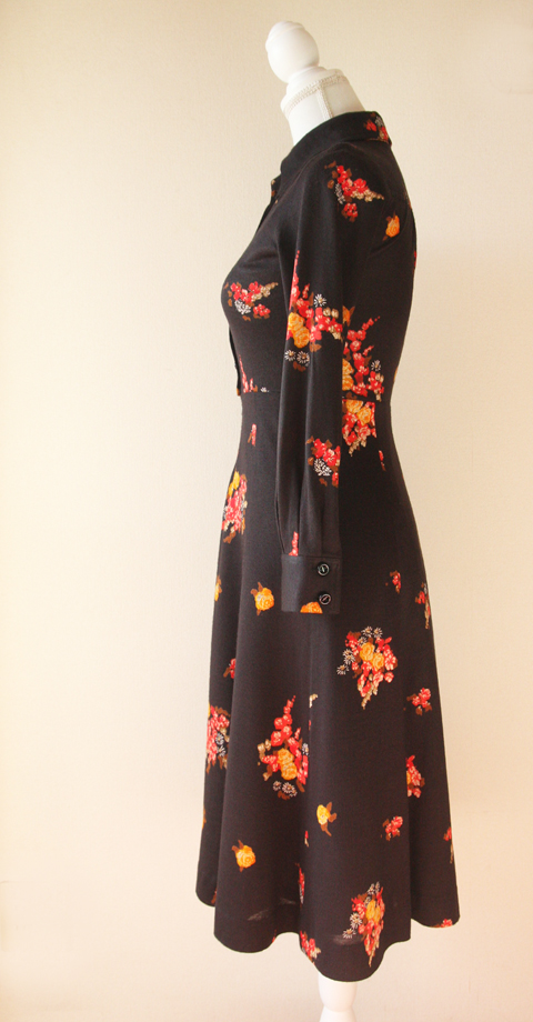 Ah Tricot black and red fitted floral dress 4