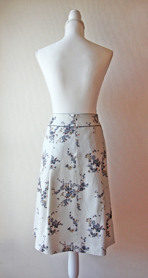 Rouge Vif cream and blue floral skirt 2