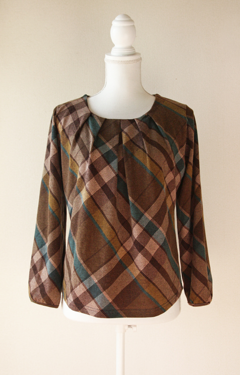 Release plaid and pleated neckline blouse 1