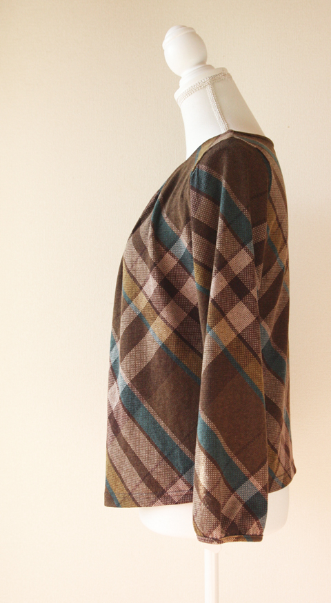 Release plaid and pleated neckline blouse 3