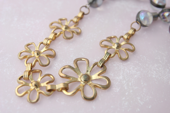 Bijou Caillou vintage brass flowers and iridescent glass beads duo necklace 4
