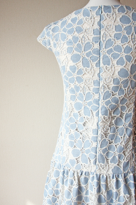 Tocca white and baby blue floral embroidered short sleeve mini dress